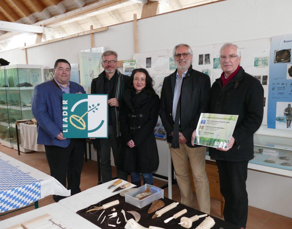 """LEADER fördert """"Kulturelle Begegnungsstätte im Neubau 'Alte Schule' Eresing"""" mit 64.899 EUR"""